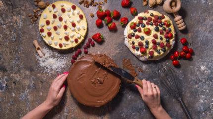 Fotografia kulinarna – sesja wizerunkowa dla nowej cukierni